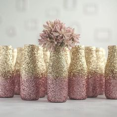 Easter Mason Jars, Bunny and Chic - KA Styles You are in the right place about DIY Mason Jar Crafts Wine Bottle Crafts, Mason Jar Crafts, Mason Jar Diy, Bottle Art, Glitter Mason Jars, Painted Mason Jars, Décoration Rose Gold, Arts And Crafts, Diy Crafts