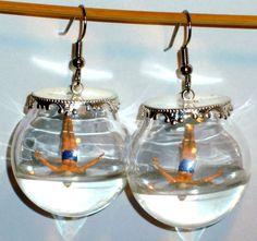 Ohrringe Springer Glaskugel handgemacht  von Verrückte Ohrringe und Schmuck Welt auf DaWanda.com