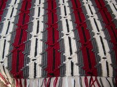 """afghan called """"Navaho"""" crochet Mom made this for Brian-same colors! Crochet Afghans, Crochet Ripple, Manta Crochet, Tunisian Crochet, Crochet Stitches, Crochet Baby, Free Crochet, Knit Crochet, Crochet Blankets"""