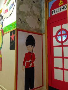 Give me five!: Entrada londinense del aula de inglés