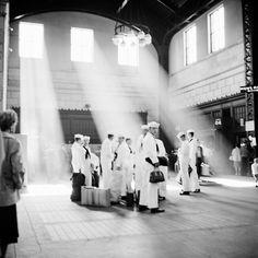 Street Photography 1 | Vivian Maier Photographer -  Lighting is unbelievable!