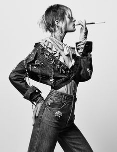 INTERVIEW MAGAZINE Pose by Craig McDean. Karl Templer, May 2016, www.imageamplified.com, Image Amplified (2)