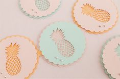 How adorable is this Pineapple Party Garland??
