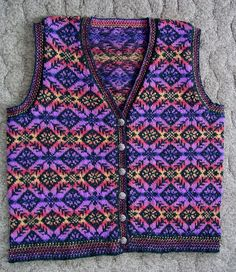 pattern: Northwest Sunset Fair Isle Vest  designer: Betts Lampers  source: Sweaters From Camp (Schoolhouse Press) yarn: Jamieson & Smith jumper weight shetland, knit by @bowkerbirdknits