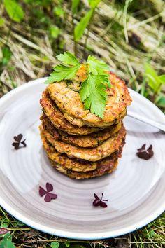 Vegetariska biffar med färskost och ramslök Salmon Burgers, Vegan, Ethnic Recipes, God, Salmon Patties