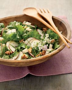 Raw Kale Salad with Gouda, Pear, and Walnuts, Wholeliving.com #healthylunches #salads #vegetarian