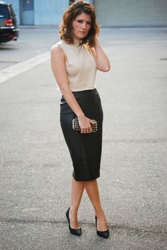 Leather pencil skirt :) | Office outfit ideas | Pinterest