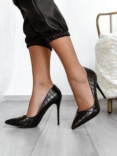 ΓΟΒΕΣ - ΠΑΠΟΥΤΣΙΑ High Heels Stilettos, Stiletto Heels, Ugly Shoes, Classy, How To Wear, Fashion, Moda, Chic, Fashion Styles