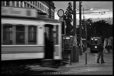 [2011 - Porto / Oporto - Portugal] #fotografia #fotografias #photography #foto #fotos #photo #photos #local #locais #locals #cidade #cidades #ciudad #ciudades #city #cities #europa #europe #electrico #electricos #tranvia #tranvias #tram #trams #eletrico #eletricos #turismo #tourism @Visit Portugal @ePortugal @WeBook Porto @OPORTO COOL @Oporto Lobers