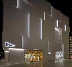 Dior Shop Facade in Miami: Commercial Architecture in Florida, USA – design by BarbaritoBancel architects - American Office Interior, Retail Architecture, Images Facade Design, Wall Design, Exterior Design, Architecture Art Nouveau, Facade Architecture, Facade Lighting, Exterior Lighting, Shop Front Design, Store Design