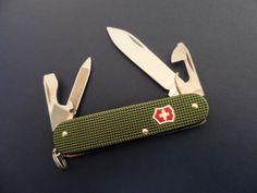 Victorinox Cadet Olive
