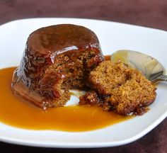 The Letter- Perfect Sticky Toffee Pudding - the best version of this classic British dessert that I've ever tried. Baked in muffin pans for perfect portions of this moist, rich dense dessert served with an indulgent toffee sauce. Rock Recipes, Sweet Recipes, Dessert Haloween, Just Desserts, Dessert Recipes, Light Desserts, Pudding Recipes, Health Desserts, Sweet Desserts