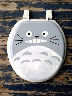 I am going to paint my toilet seat like this