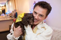 I found this in my archive from last Christmas! The very handsome @johnscotbarrowman and a ridiculously cute @dogstrust puppy backstage at the panto in Glasgow. There's more where that came from so I may share another tomorrow. (Oh no I won't! Oh yes I will!... ad infinitum. #sorrynotsorry)  #pantomime #christmas #spanielsofinstagram #puppiesofinstagram #torchwood #arrow #dogstrust