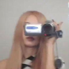 Memes Blackpink, Foto Rose, Estilo Lolita, Rose Icon, Rose Park, Kim Jisoo, Blackpink Photos, Cybergoth, Park Chaeyoung