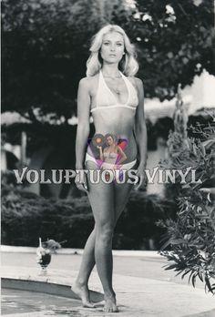 Barbara Bouchet hot wet bikini