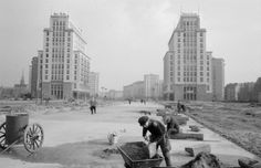 Building what is now Karl Marx Allee