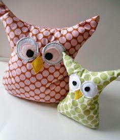 Adam's Blankie Children's Boutique: Owl Bookends: DIY Tutorial