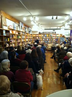 A capacity crowd to hear Kristin talk about AN UNEXPECTED GRACE at Eagle Harbor Bookstore.  Many dogs also attended!