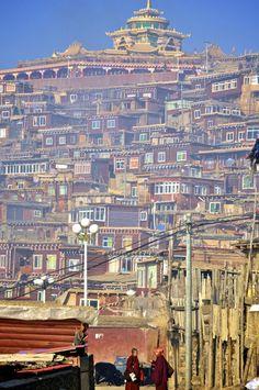 Larung Gar, Kham, Tibet in Sertar, Sichuan, China