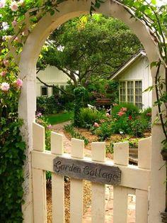 Cottage Garden ~ Ana Rosa