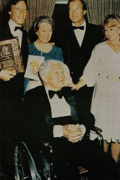 Richard with his mother and father, Elsa and Charles Chamberlain, and brother Bill