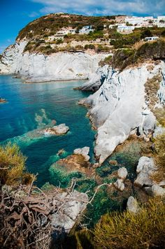 Isola di Ponza is the largest of the Italian Pontine Islands archipelago, located 33 km south of Cape Circeo in the Tyrrhenian Sea. It is also the name of the commune of the island, a part of the province of Latina in the Lazio region.   #TuscanyAgriturismoGiratola