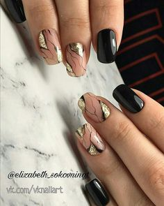 Nail art is a very popular trend these days and every woman you meet seems to have beautiful nails. It used to be that women would just go get a manicure or pedicure to get their nails trimmed and shaped with just a few coats of plain nail polish. Silver Nails, Matte Nails, Glitter Nails, Nail Art Designs, Elegant Nail Designs, Hair And Nails, My Nails, American Nails, Marble Nail Art