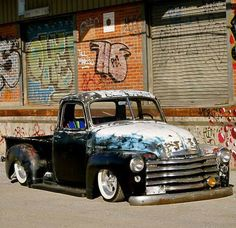 Rat Rod i love the graffiti in the back idk its just perfect awesome pic