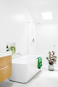 Via The Design Chaser | Minimal White Bathroom