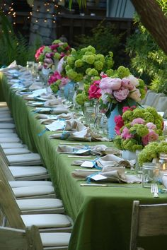 Green, soft pink, hydrangea table set for a crowd outdoors..Love the colors...gorgeous!