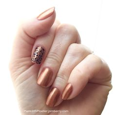 Before I met Jamberry I was an avid nail polisher, so I LOVE our lacquers! Copper Penny and Spot On seem made for each other, don't they? #CopperPennyJN #SpotOnJN