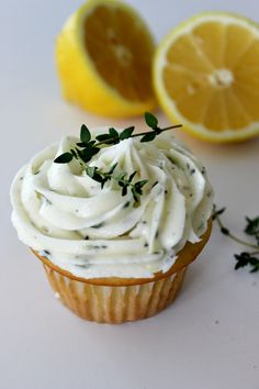 To celebrate the one year anniversary of Paytington & Co., we made Olive Oil Cupcakes with a Lemon-Thyme Buttercream. Easy, refreshing and delicious! Dessert Recipes, Desserts, Diy Food, Baked Goods, Sweet Tooth, Wedding Cakes, Sweet Treats, Lemon, Cupcakes