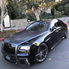 Rolls royce - Fitness and Exercises, Outdoor Sport and Winter Sport Rolls Royce Wraith, Rolls Royce Phantom, Rolls Royce Cars, Rolls Royce Models, Maserati, Bugatti, Lamborghini, Ferrari Car, Audi Cars