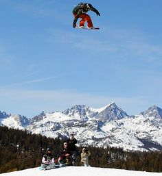 Kent Callister grabs some big air in the Men's Snowboard Slopestyle qualifications at the US Snowboarding and Freeskiing Grand Prix.