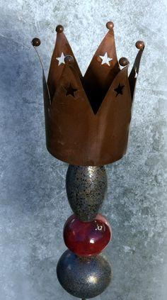 Weihnachtsdeko - Stele Krone Rost Rot Bronze Keramik Unikat - ein Designerstück von Kleine-Toepferei bei DaWanda