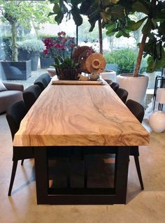 37 Brilliant Wood Dining Table Design Ideas That Trend Today 37 Brilliant Wood Dining Table Design Ideas That Trend Today Diy Dining Table, Dining Table Design, Solid Wood Dining Table, Dining Area, Slab Table, Table Legs, Diy Esstisch, Esstisch Design, Dining Room Inspiration