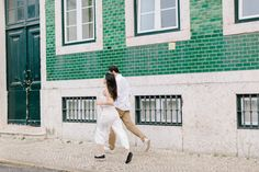 Romantic couple session in the heart of Lisbon in the Principe Real area Engagements, Engagement Session, Lisbon Portugal, Romantic Couples, Destination Wedding Photographer, Couple Photography, Heart, Porto, Engagement