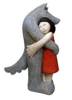 As românticas esculturas cerâmicas de Paul Smith, artista plástico britânico, dono de um estilo semi abstrato e lúdico, inspirado por histórias infantis e na nossa relação com o mundo animal. Gostou? Veja mais em www.paulsmithsculptures.co.uk