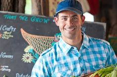 6 Important Steps Before Selling At Your Local Farmer's Market - matching hat with logo. Matching colors shirt - no sunglasses. Farmers Market Display, Produce Market, Off The Grid News, Farm Business, Market Garden, Farm Stand, Market Stands, Hobby Farms, Small Farm