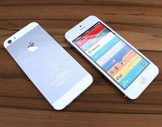 Next IPhone 5 mockups in white.