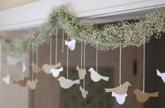 Baby's Breath, Burlap & Lace - We share the DIY for this special Baby's Breathe garland with little hanging paper birds Diy Wedding Flowers, Garland Wedding, Diy Wedding Decorations, Whimsical Wedding, Wedding Ideas, Wedding Trends, Wedding Favors, Wedding Birds, Wedding Yellow