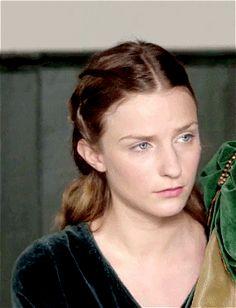 Faye Marsay Source The White Princess, White Queen, Anne Of Cleves, Anne Boleyn, Faye Marsay, Avatar, Anne Neville, Katherine Howard, Plantagenet