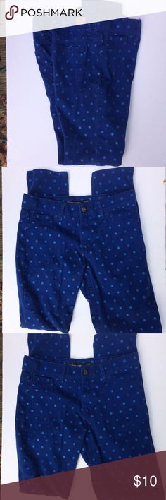 Jordache blue Super Skinny jeans Jordache super skinny blue with glitter blue dots size 16 Like New condition with waist adjuster buttons in side the waist. Jordache Jeans Skinny