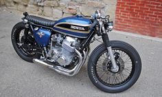 Mike's Brat - the Bike Shed Cafe Racers, Cb550 Cafe Racer, Cafe Racer Bikes, Motorcycle Clubs, Motorcycle Design, Motorcycle Outfit, Honda Cb1100, Lowrider Model Cars, Brat Bike