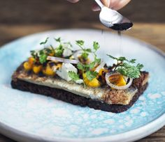 Smørrebrød: Marinated herring with orange and pumpkin Roasted Pumpkin Seeds, Roast Pumpkin, Becoming A Chef, Danish Food, Crispy Potatoes, Lunch Menu, Fish Dishes, Light Recipes, Potato Recipes