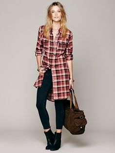 Doublecloth Plaid Buttondown   Longsleeve plaid buttondown maxi top with two front pockets. Frayed bottom hem.
