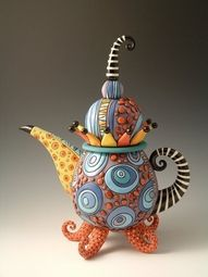 reminds me of the Mad Hatter tea party. could use a balloon to shape the pot Pottery Teapots, Teapots And Cups, Ceramic Teapots, Ceramic Pottery, Teapots Unique, Art Diy, Mad Hatter Tea, Mad Hatters, Art Furniture