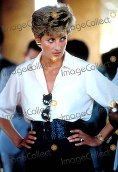 Princess Diana Tongogara Refugee Camp-zimbabwe Tour Photo: Dave Chancellor / Alpha / Globe Photos Inc 1993 Princessdianaretro