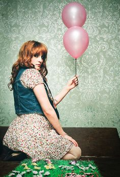 florence in pink and green